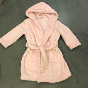 """Pink fleece robe """"Lily"""" embroidered"""